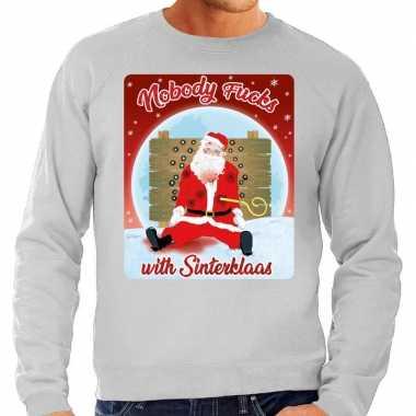 Foute kersttrui nobody fucks with sinterklaas grijs voor heren